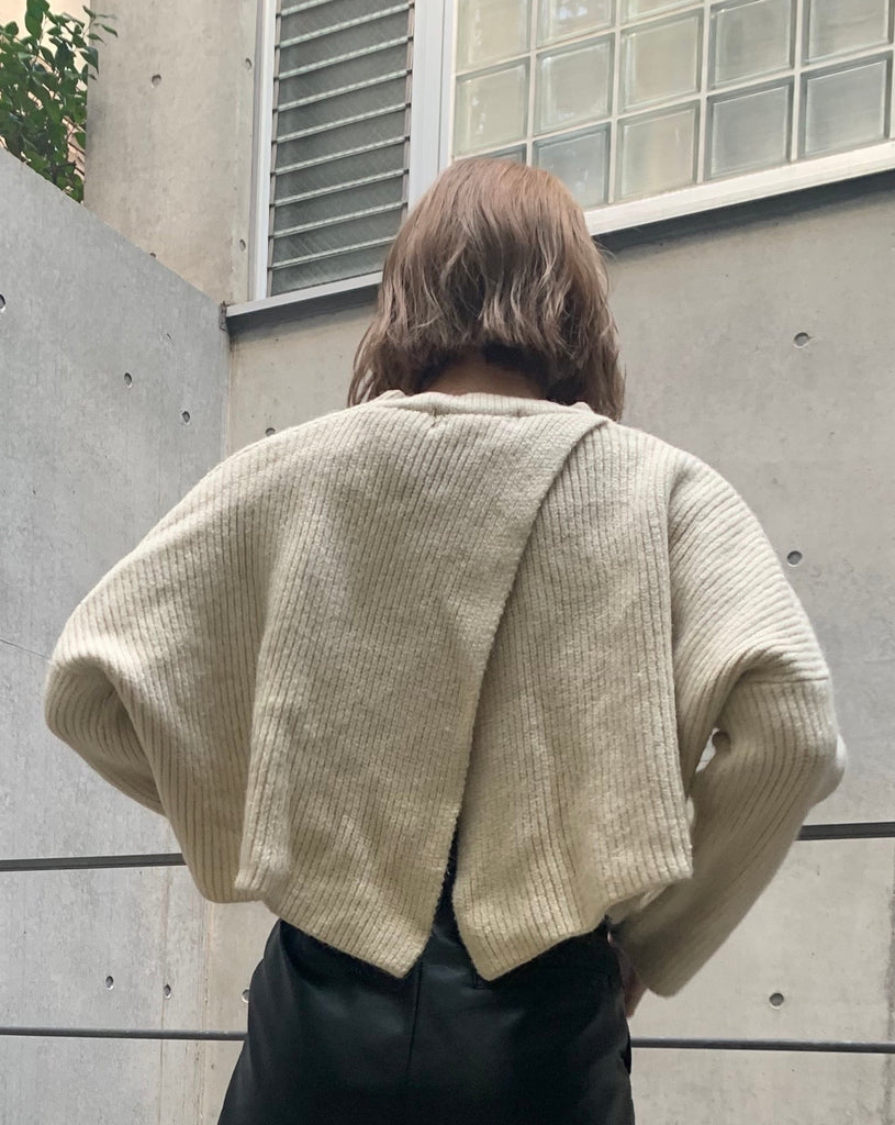 Back design knit