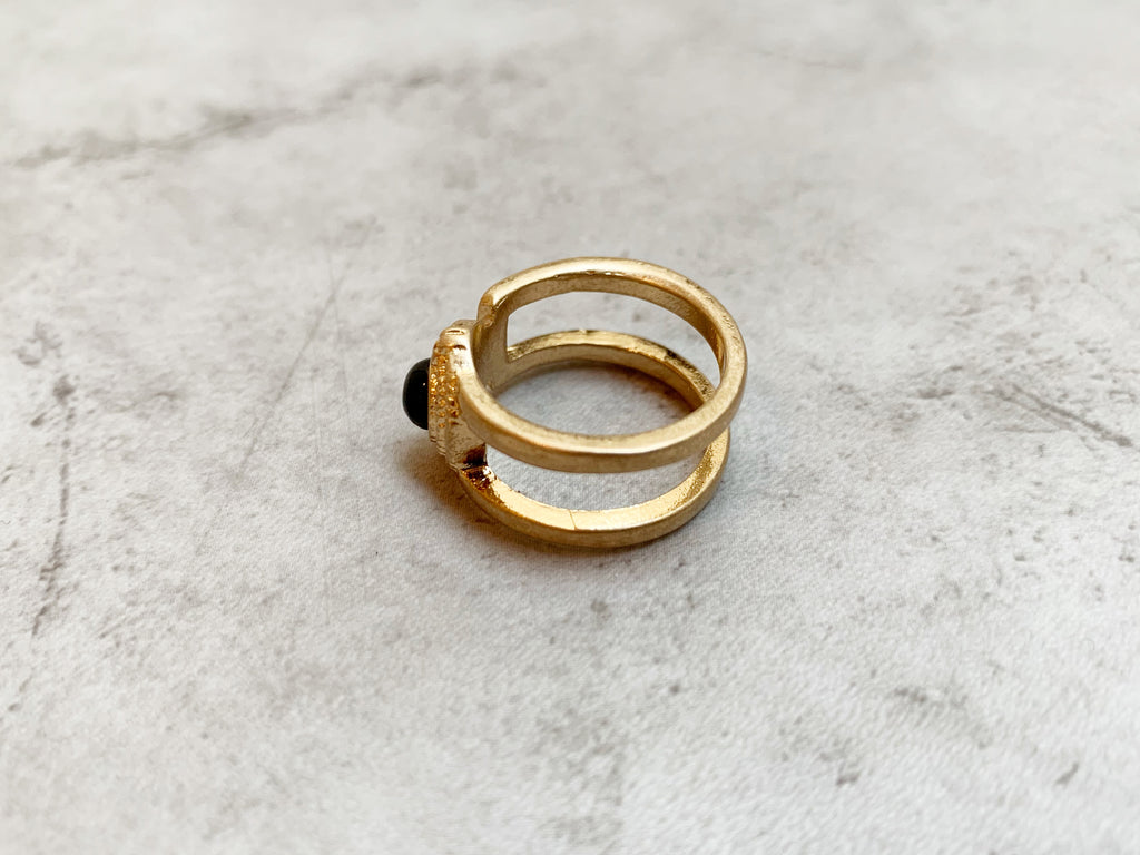 Double line stone ring