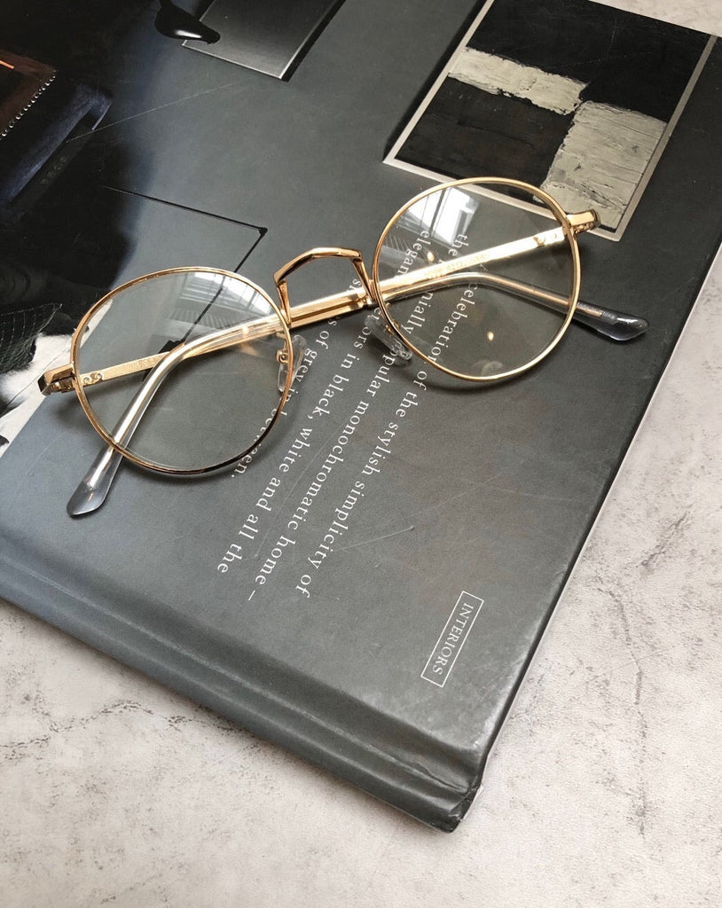 Thin frame gold glass