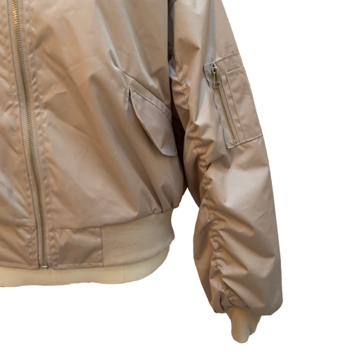 Volume design blouson