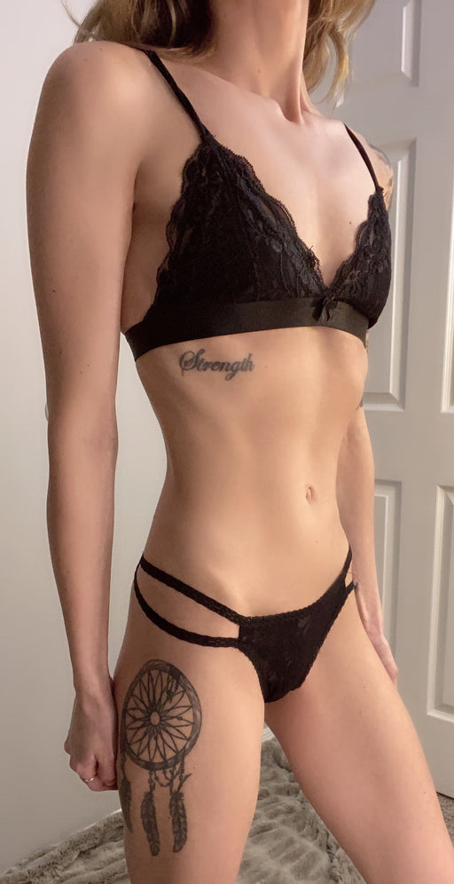 tattooed thin skinny swimsuit model