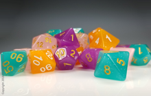 Load image into Gallery viewer, DnD Dice Set / Purple Glitter Translucent D&D dice set