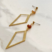 Load image into Gallery viewer, LYRA EARRINGS