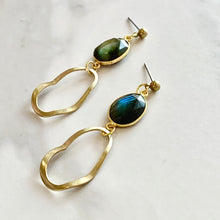Load image into Gallery viewer, IZAR EARRINGS