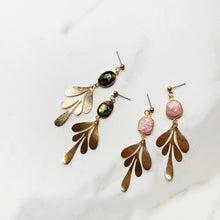 Load image into Gallery viewer, Willow Earrings