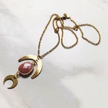Load image into Gallery viewer, VENUS NECKLACE