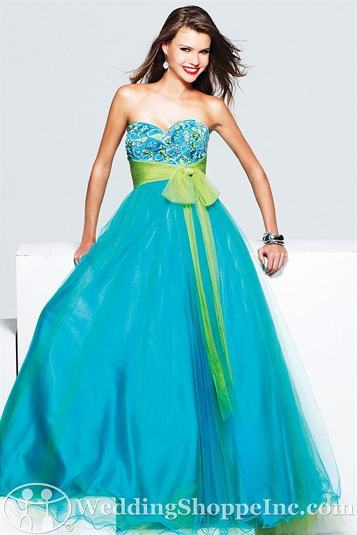 Faviana prom dresses at the Wedding Shoppe!