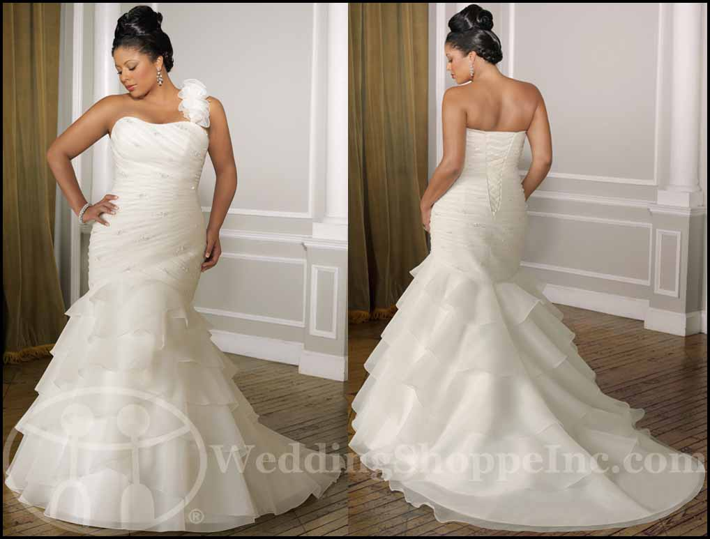 Fit and Flare Wedding Gowns: Mori Lee 3091