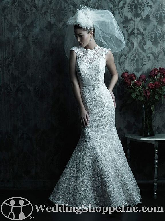 Wedding dresses with short sleeves