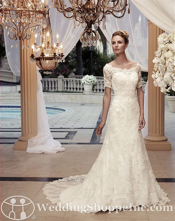 Wedding dresses with lace sleeves: Casablanca 2119