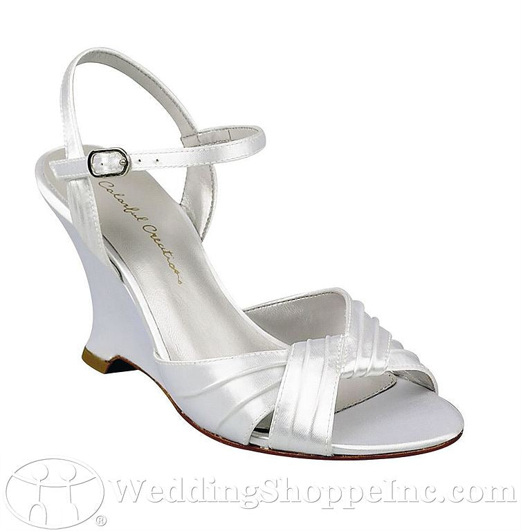 Dyeable bridal shoes: Colorful Creations Heaven