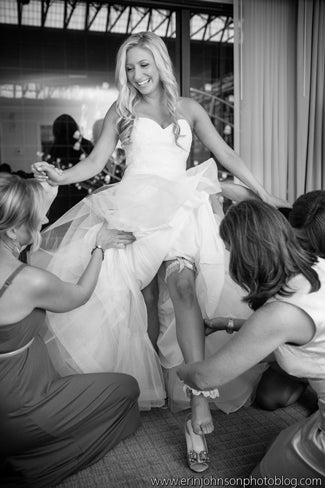 what-to-wear-under-your-wedding-dress