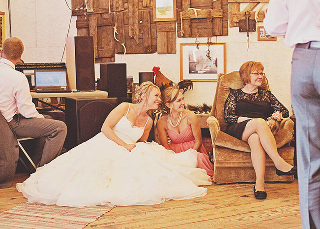 bride-and-moh-sitting-on-the-floor