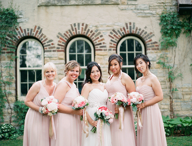 Kennedy-Blue-blush-bridesmaids-in-spring