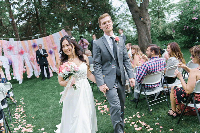 bride-and-groom-spring-wedding