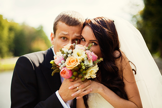 bride-and-groom-and-flowers