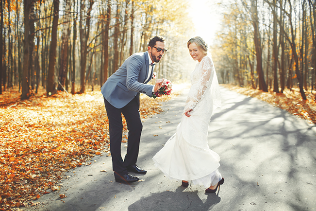 bride-and-groom-fall
