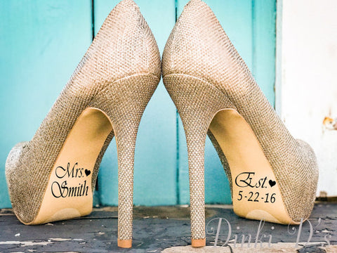 23 Unique Presents for the Bride and Groom Gift Exchange | The Wedding Shoppe