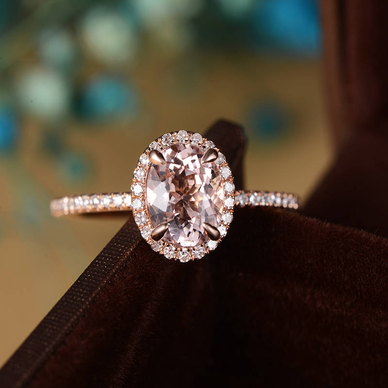 Should You Go Engagement Ring Shopping Together? | The Wedding Shoppe | DoriRing