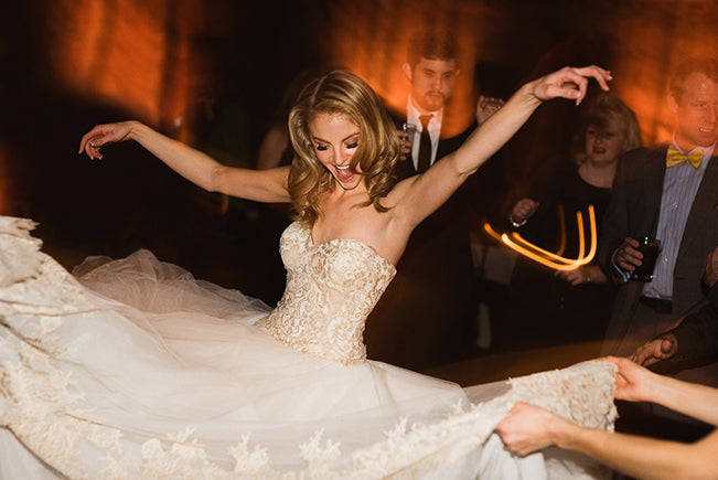How to Afford Your Dream Wedding Dress