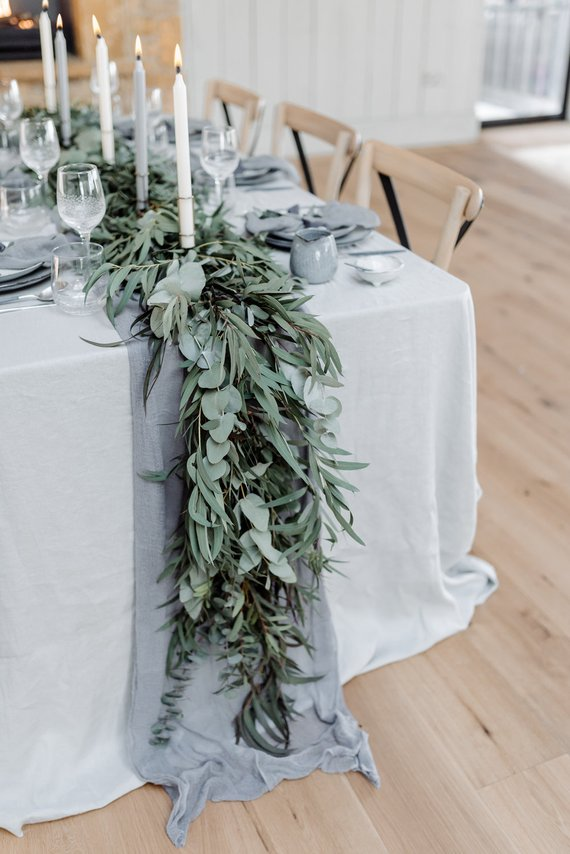 table runners Etsy | 13 budget-friendly wedding decorations