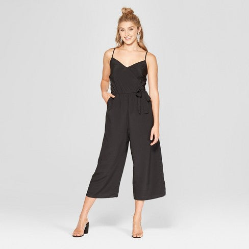 black midi jumpsuit | What to Wear to a Winter Wedding