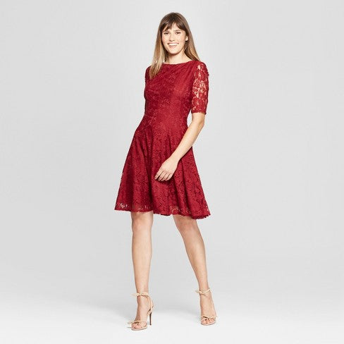 crimson lace dress | What to Wear to a Winter Wedding