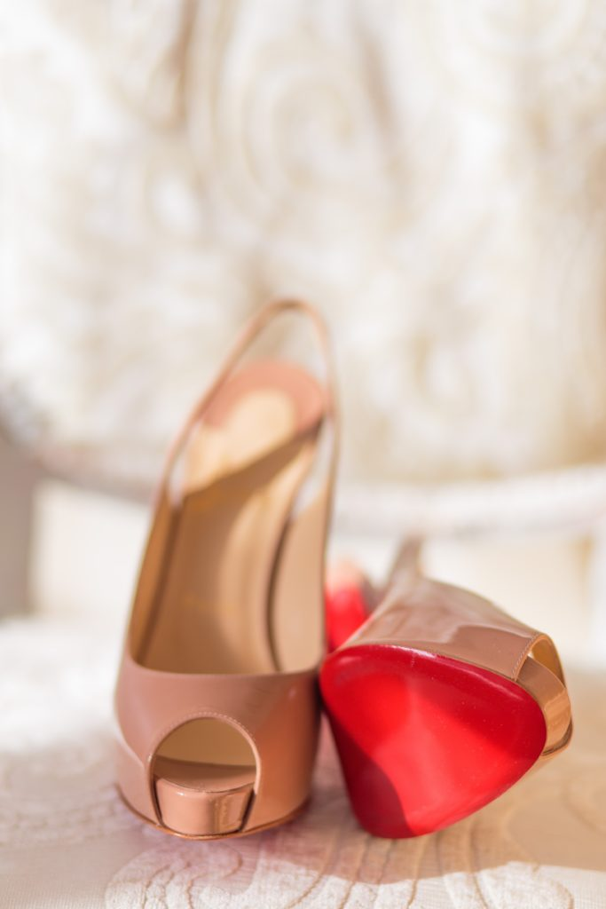 nude heels | What to Wear to a Winter Wedding