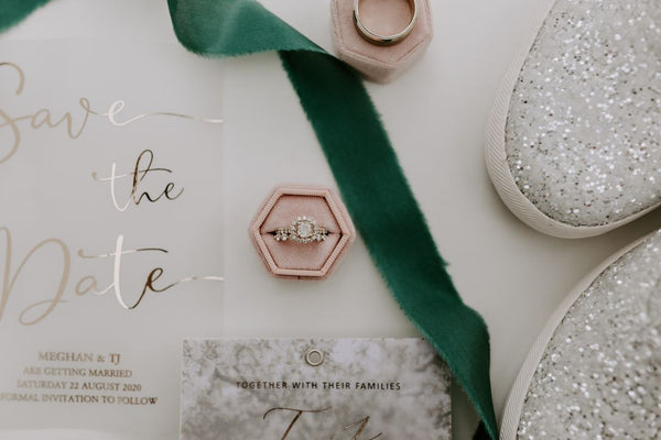 emerald and silver wedding palette