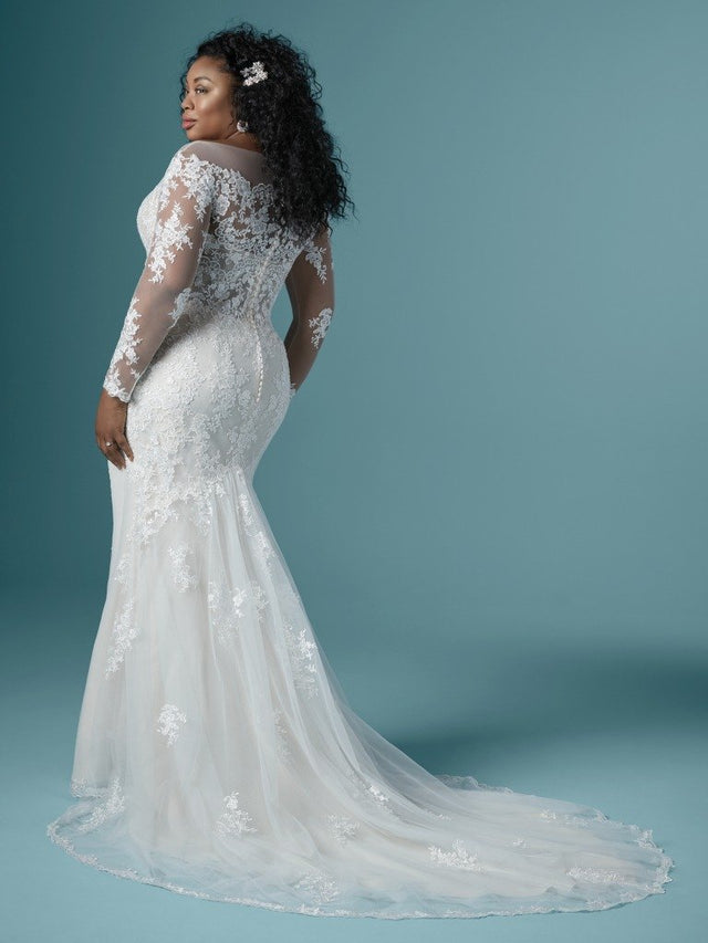 products/Maggie-Sottero-Chevelle-Lynette-20MS243AC-Curve-Back.jpg
