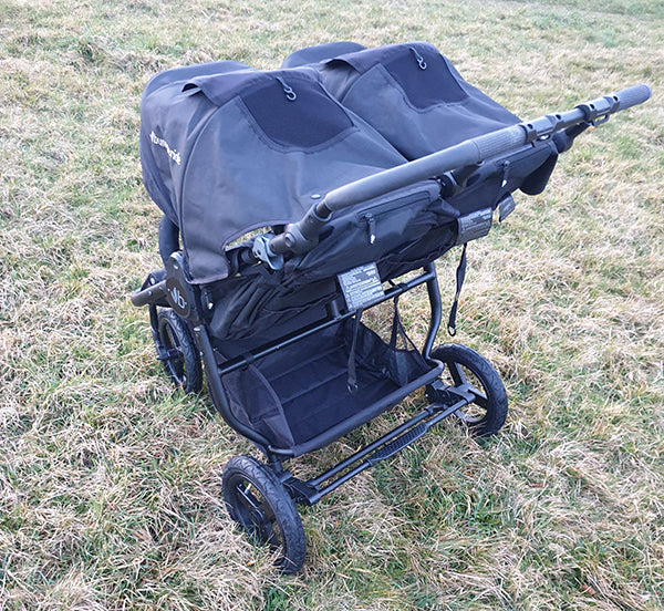 Bumbleride Indie Twin Cargo Basket and Seats - Pushchair Expert