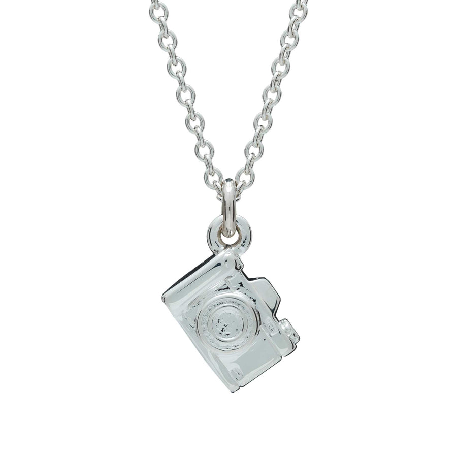 Camera Silver Necklace - Vintage SLR Camera Pendant for photographers and travelers trace chain