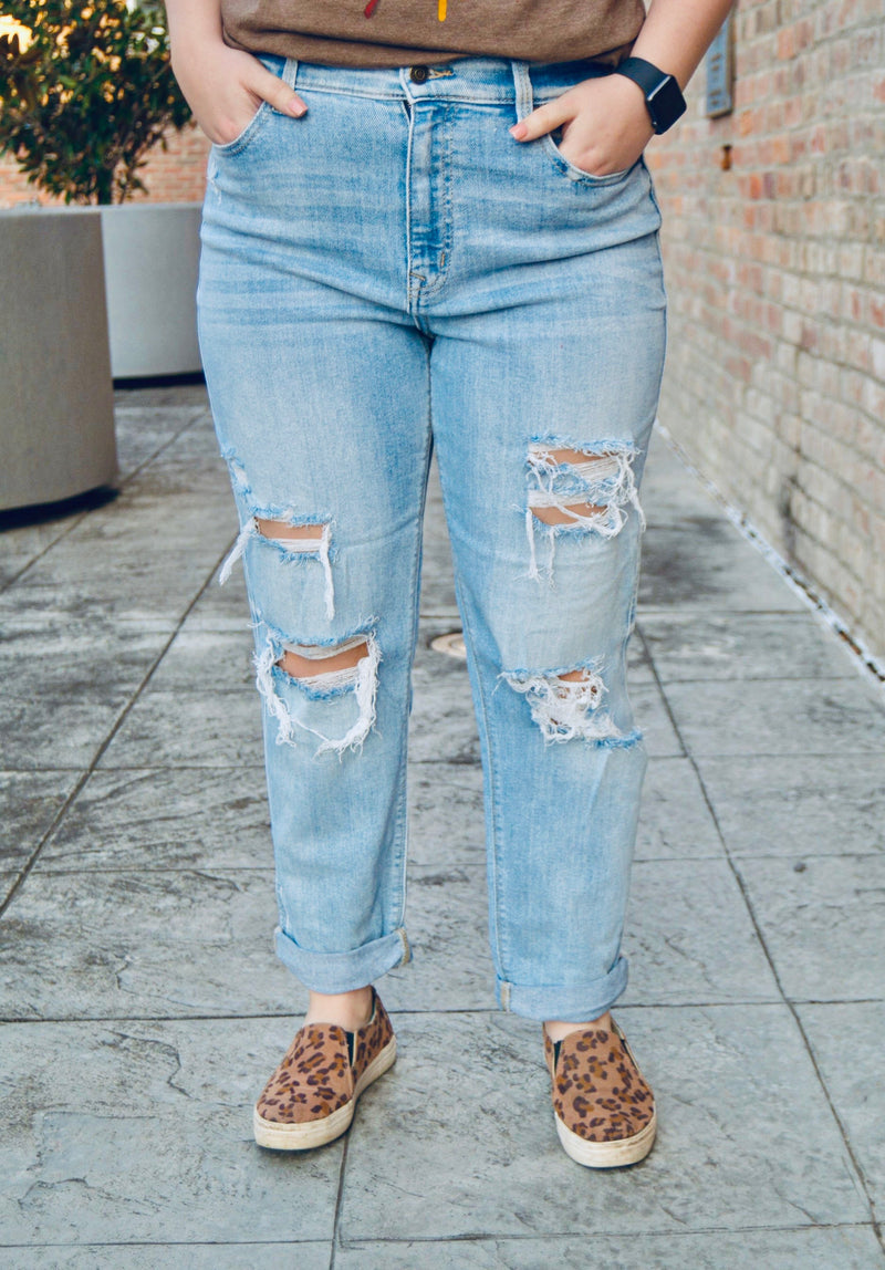 """ROCKY"" HIGH RISE BOYFRIEND DENIM - CHICKEN ROW MARKET"