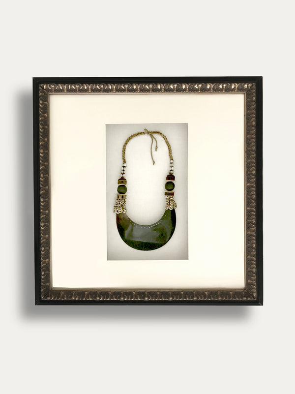 Frame with Kina Shell Necklace from Papua