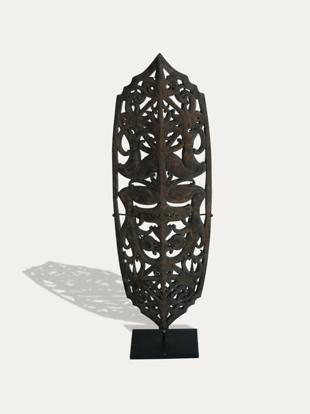 INCREDIBLE WOODEN SHIELD FROM BORNEO, AVAILABLE AT KIRSCHON EXOTIC ARTEFACTS AND KIRSCHON.COM