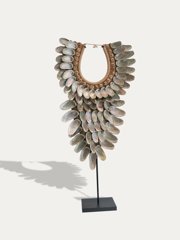 Abalone Shell Necklace From Papua - kirschon