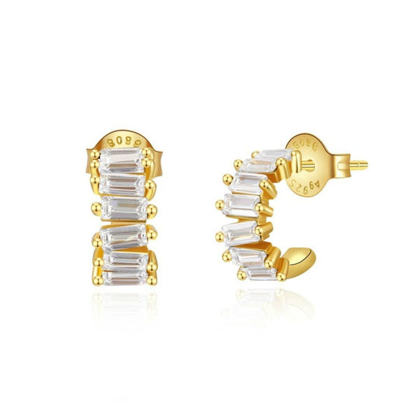 PENDIENTES de aro criolla pequeño y grueso con brillantes o circonitas que están confeccionados en plata de ley con baño de oro 18 kilates. gold plated sterling silver zircon small chunky hoop earrings