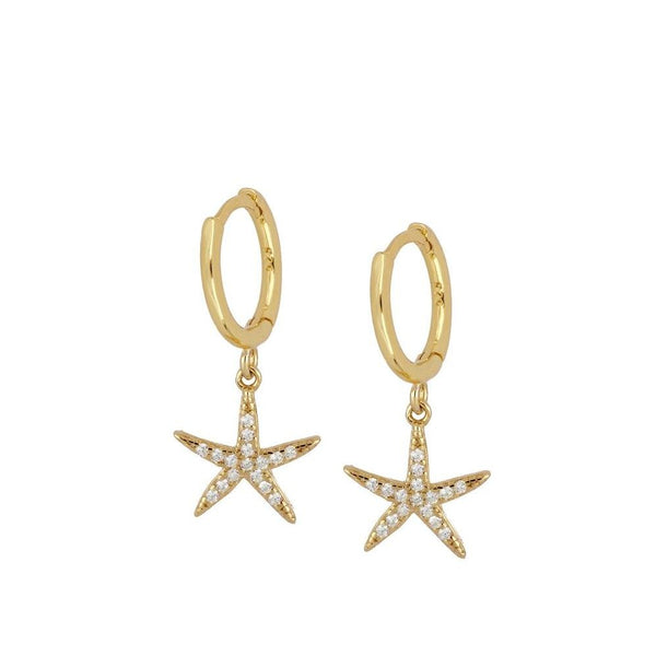 pequeños aros de piercing con estrella de mar de circonitas confeccionados en plata de ley con baño de oro 18 kilates. Gold plated silver hoop earrings for piercing with a zircon starfish.