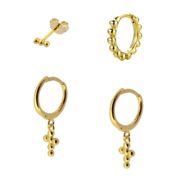 mix de pendientes y aros para piercing con cruces y bolitas. Están confeccionados en plata de ley 925 rodiada y plata de ley 925 con baño de oro 18 kilates. Gold plated sterling silver piercing hoop earring mix with beaded cross