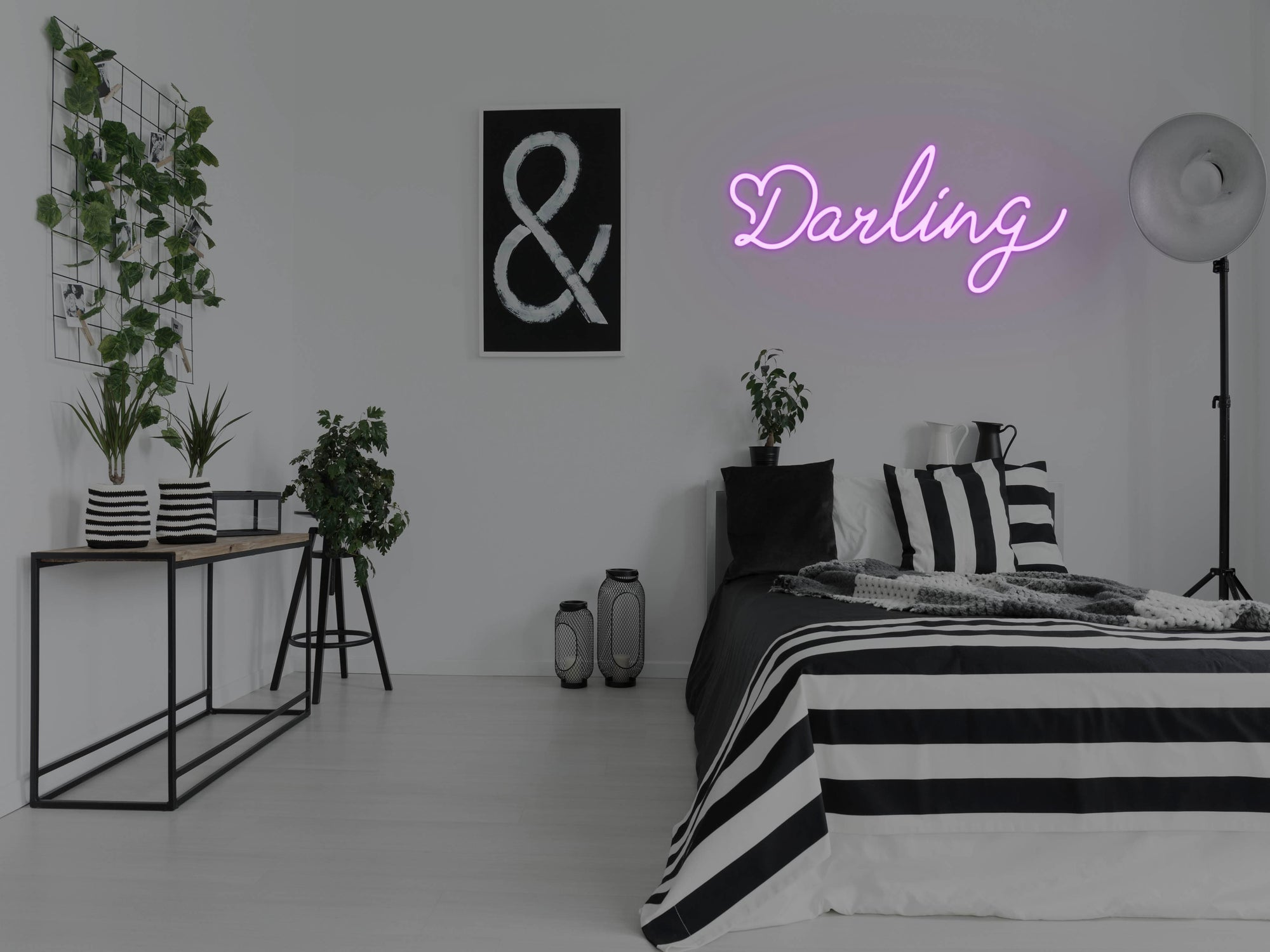 Darling LED Neon Sign