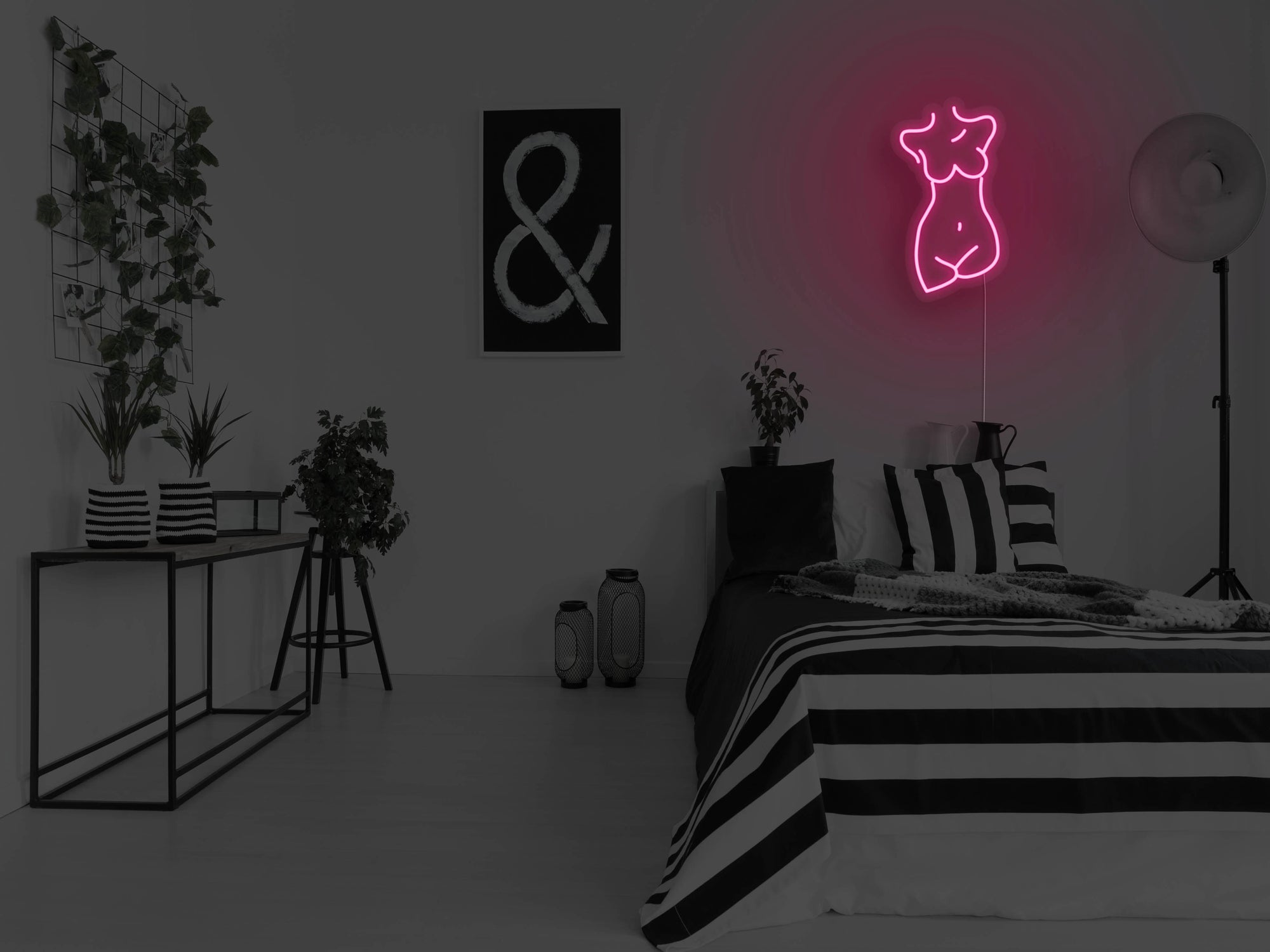 Female Sculpture LED Neon Sign