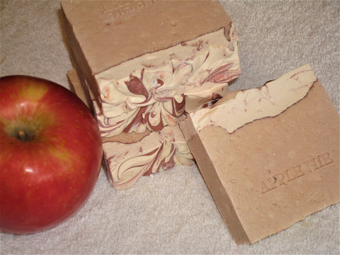 Anoush botanicals and organics Soap Apple Hie