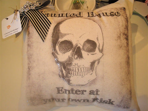 gift ~ pillow haunted house... enter at your own risk