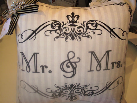 gift ~ pillow mr & mrs