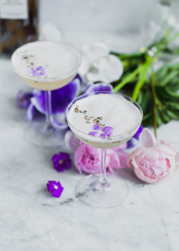 Lavender Coconut Sour | Healthy Drinks and Low Calorie Cocktails | Vesper & Vine | Celebrations and Cocktail Hour Essentials