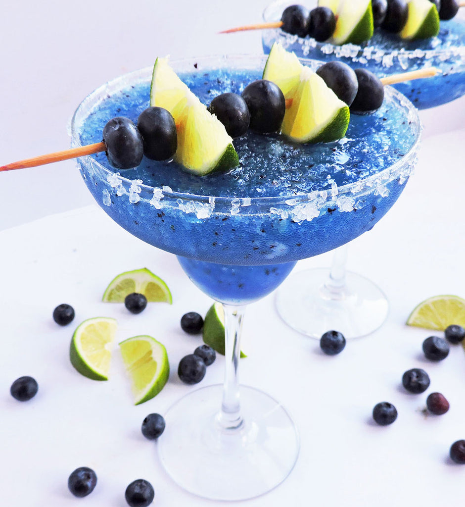 Fresh Frozen Blueberry Lime Margarita | Healthy Drinks and Low Calorie Cocktails | Vesper & Vine| Cocktail Hour Essentials