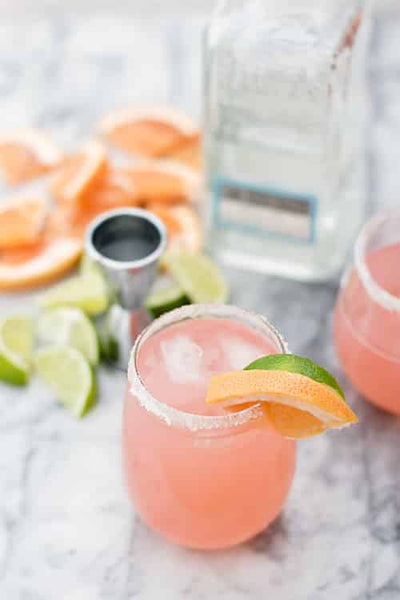 Tequila Paloma | Healthy Cocktails You Can Order at any Restaurant | Vesper and Vine | Cocktail Hour Essentials