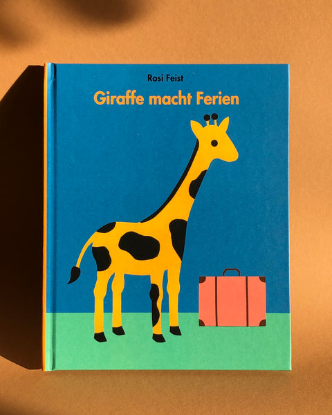 Giraffe macht Ferien, Paper Cut Out Book