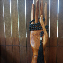 Ground Me Mala (Black, Onyx)