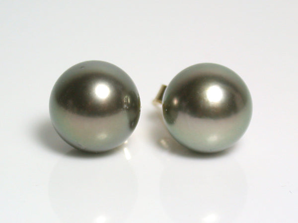 10.5mm pistachio Tahitian pearl & 18 carat gold earrings